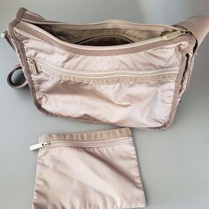 LeSPORTSAC set shoulder bag & makeup pouch